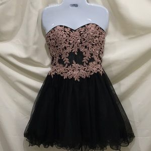 Blondie Nites Strapless Dress